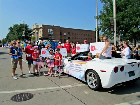 Live Well Float in 4th of July Parade